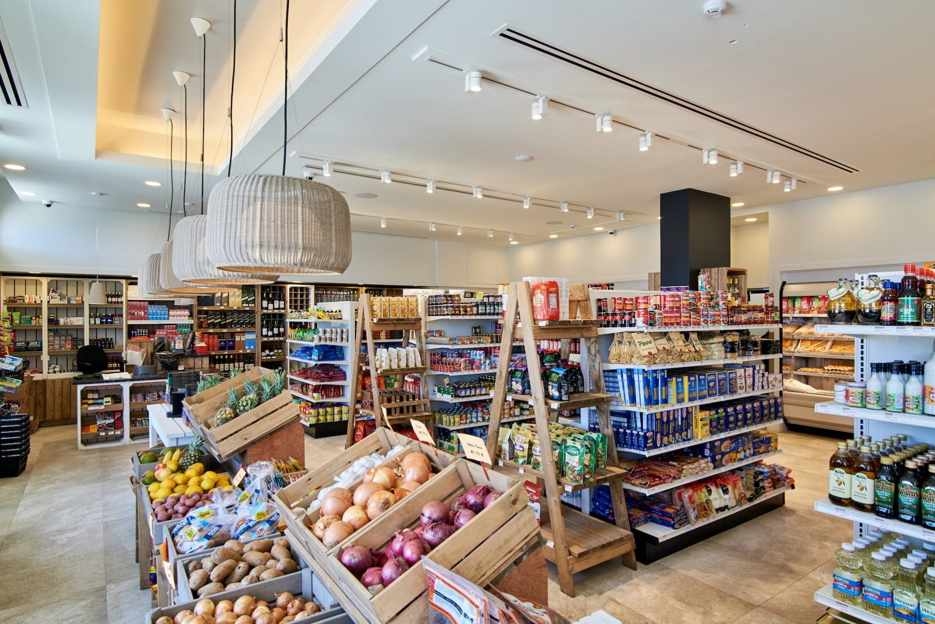 coreas supermarket canouan