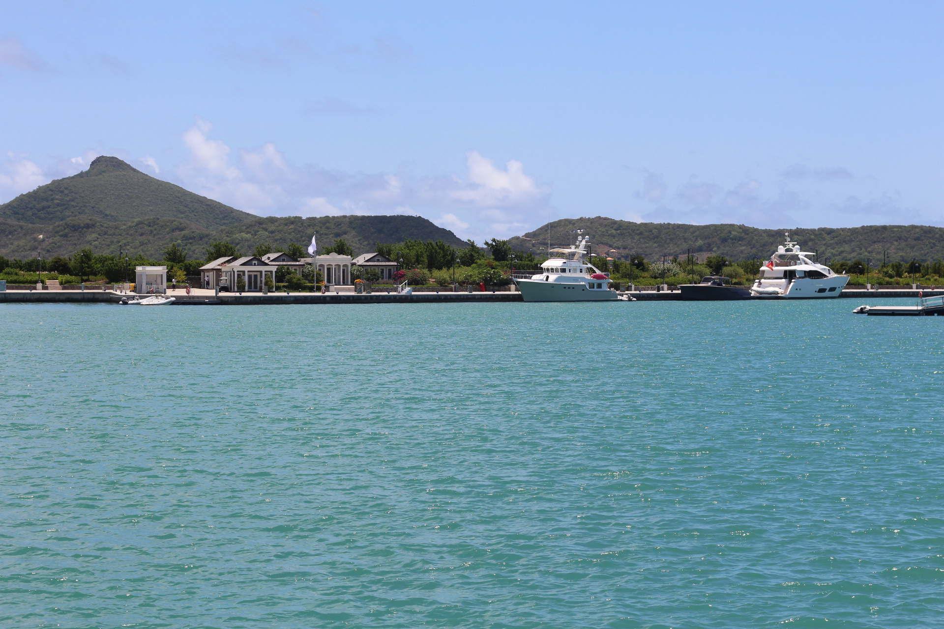 marina office Canouan